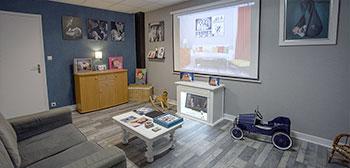 Salon de projection des photos lors du rendez-vous de découverte